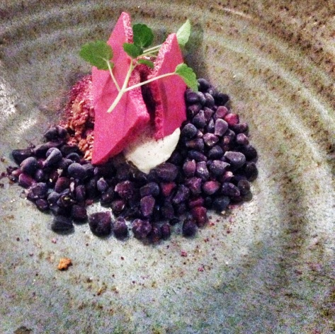Beetroot meringue