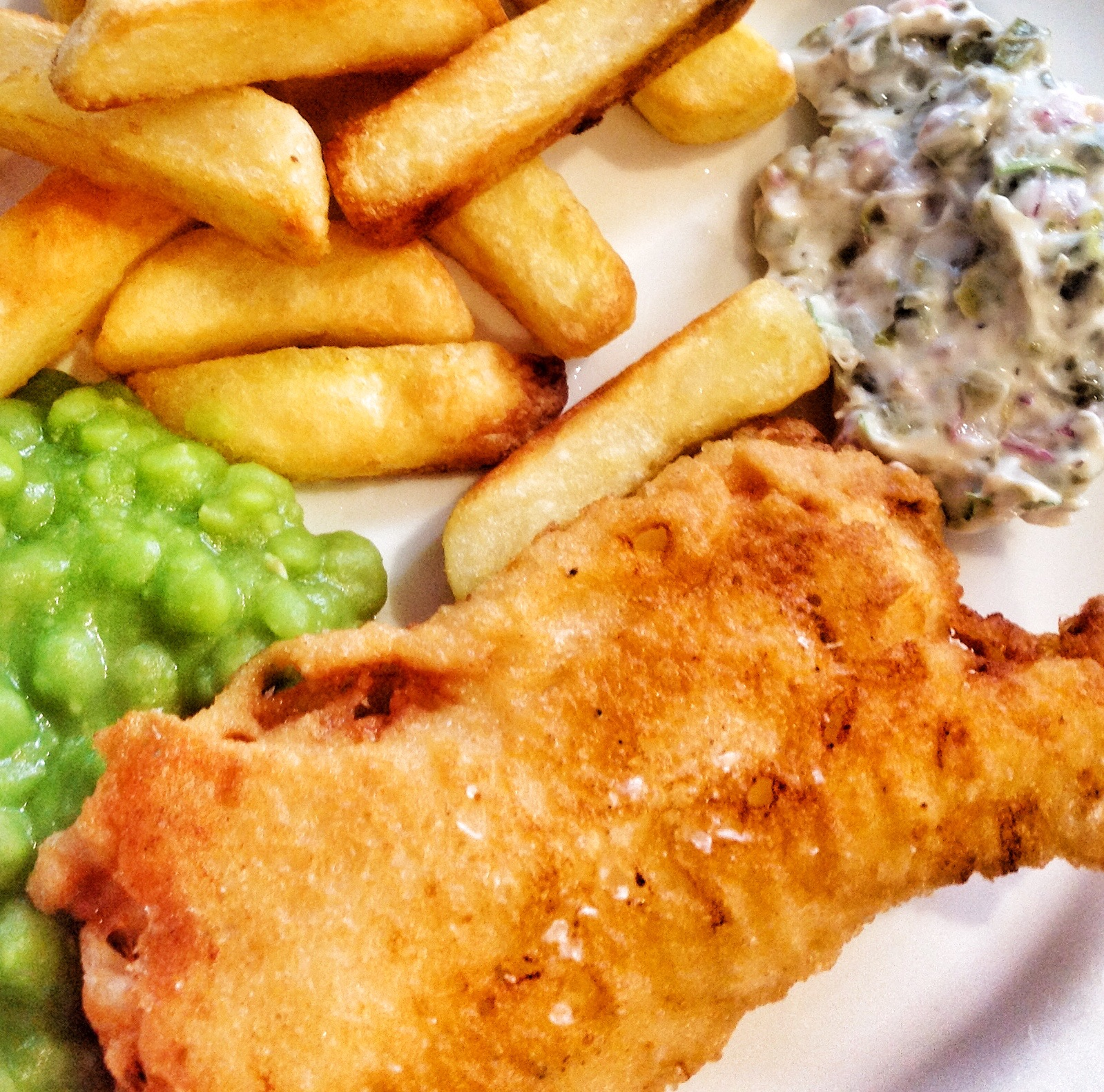 Beer battered fish with tartar sauce the cook twit for Tartar sauce for fish